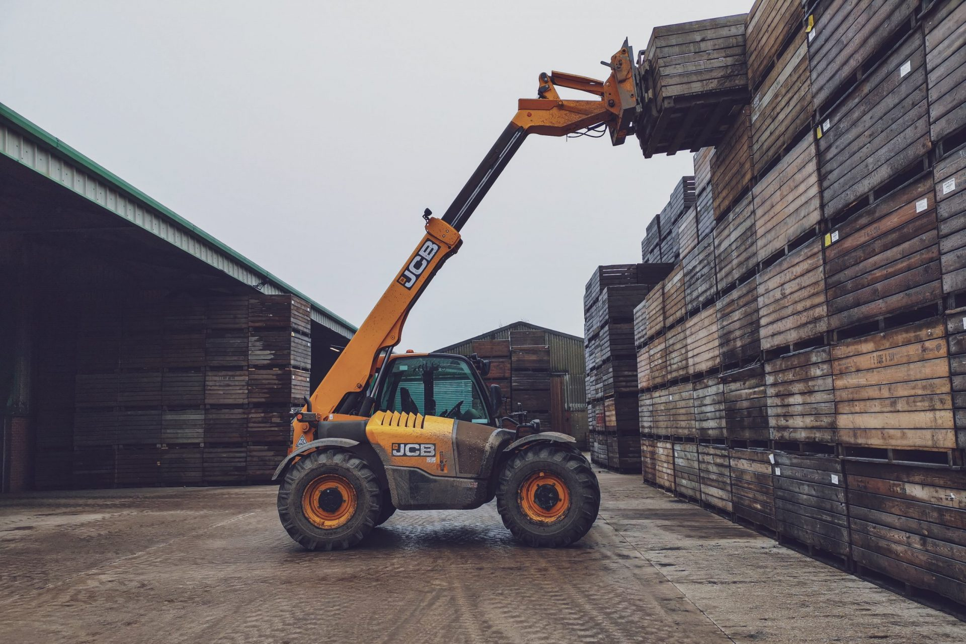 Why Social Media Marketing is Important for the Equipment Hire Industry